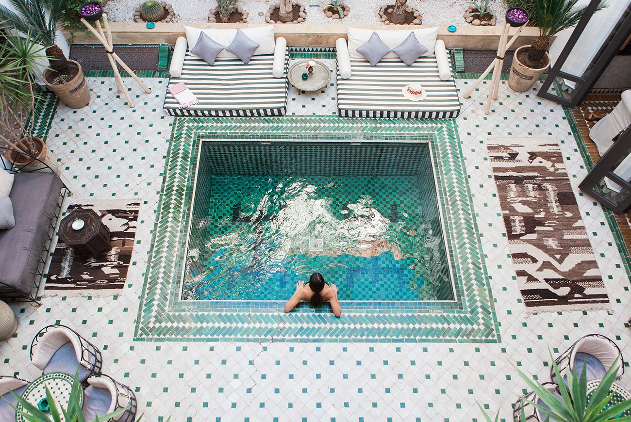 riad-yasmine-marrakech-piscine-patio-vue
